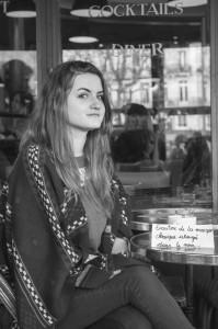 Cécile - Écouter de la musique classique allongée dans le noir